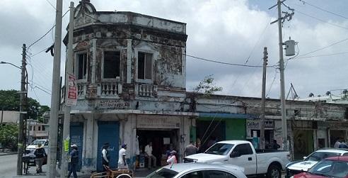Multa ayuntamiento de Madero a propietario de inmueble que fue clausurado.