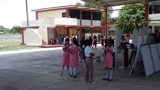 Ocho escuelas de Madero operan si agua y luz.