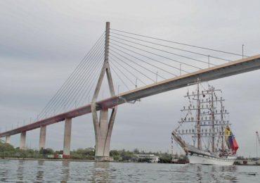 Invitan a ciudadanía y turismo  a visitar buque 'Simón Bolívar'