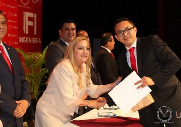 Realiza Ingeniería UAT-Tampico ceremonia de graduación