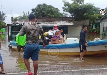 Atiende Gobierno de Tamaulipas a comunidades afectadas por inundaciones en Aldama