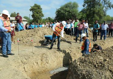 Acciona entrega apoyos a las comunidades aledañas al parque eólico San Carlos.