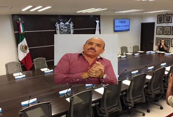 """SOBRE LA MESA, EL TEMA DE COMERCIANTES INFORMALES"""