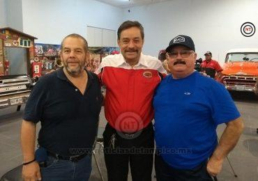 MARTÍN VACA, FABRICANTE DE AUTOS CLASICOS, UN HOMBRE QUE DISTINGUE A MÉXICO EN EL MUNDO.