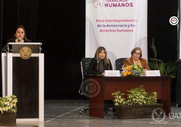 Es sede la UAT del foro sobre democracia y derechos humanos