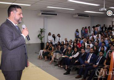 Realiza UAT seminario anual de prostodoncia