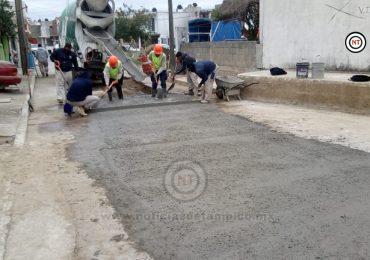 Rivera Schotte ordena acabar con rezago de pavimentación en obras de COMAPA