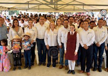 Coadyuva Gobierno de Alma Laura Amparán con la educación de calidad
