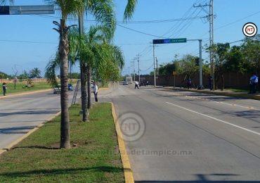 Instalan Nuevo Semáforo para Seguridad de Peatones y Automovilistas en Ciudad Madero