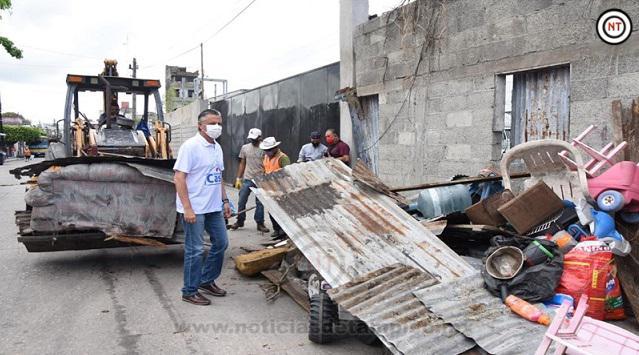 Encabeza Chucho Nader Nueva Jornada de Limpieza y Descacharrización en la Colonia Cascajal