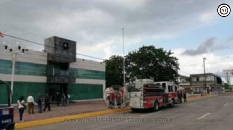 Se registra amenaza de bomba en ayuntamiento de Madero.