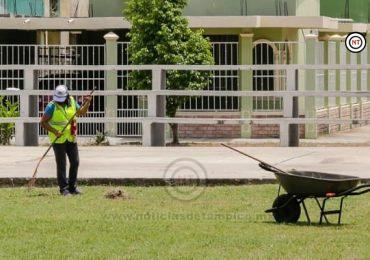 Gobierno de Madero refuerza trabajos de limpieza en Plazas