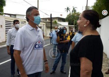Agradece Paloma Guillén a Chucho Pavimentación de su Calle…Candidata?: Nadie se Puede Descartar