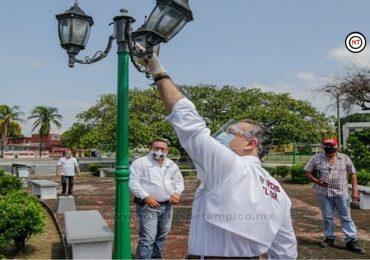 Permanente trabajo de limpieza en plazas de Ciudad Madero