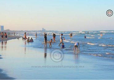Miles de visitantes disfrutan responsablemente de playa Miramar
