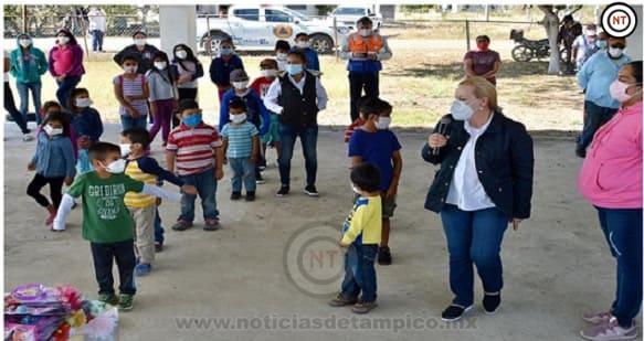 Continúa Gobierno de Alma Laura Amparán con festejos del Día de Reyes