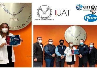 Otorgan Pfizer y AMFEM diploma de excelencia a estudiante de la UAT