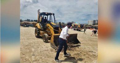 Gobierno de Madero continúa con trabajos de limpieza en playa Miramar